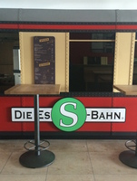 showimage Die Original Berliner EsS-Bahn Currywurst ist im Rheinland angekommen