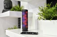 auvisio Bluetooth-Lautsprecher und MP3-Player mit farbigen Lichtimpulsen