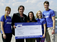 Pernod Ricard Mitarbeiter laufen gemeinsam für mehr Verantwortung und unterstützen dabei die Kampagne HaLT Cologne