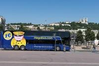 Starten Sie mit den preisgünstigen Busverbindungen von megabus.com in die Sommerferien
