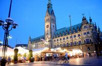 Stuttgarter Weindorf feiert Jubiläum in Hamburg