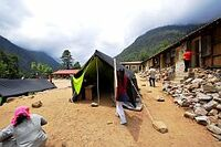 Nepal: Georg Kraus Stiftung baut Grundschule wieder auf