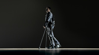 Trotz Querschnittslähmung wieder auf den Beinen