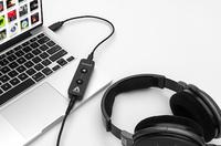 High-End HiFi-Klang für unterwegs: Kopfhörer-Verstärker und USB-DAC Apogee Groove liefert das perfekte Hörerlebnis mit Mac und PC
