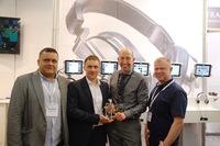 "Ultrasone verleiht ""Distributor Of The Year""-Awards 2015 erstmals mit ""Newcomer Award"""