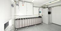 DENIOS baut eine sichere Lagerlösung für Energiespeicher