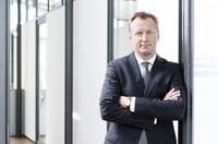 MTU Friedrichshafen wählt AKASOL als Systempartner aus: Ziel ist die gemeinsame Entwicklung von Energiespeichern für hybride Antriebssysteme