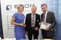 8com beim Digitalisierungskongress mit EU-Kommissar Oettinger