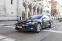 """Weltrekordfahrt: Mit dem Tesla von Spanien zum Nordkap - Electrified World Record 2015 """"6.600 Kilometer in 96 Stunden"""""""