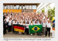 showimage Prominentes Daumendrücken: Bundeskanzlerin übernimmt Schirmherrschaft für WM-Team Germany