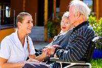 Die Pflegelotsen aus Kassel: Zuhause leben statt Pflegeheim