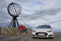 E-Mobil Weltrekord aufgestellt: Mit dem Tesla von der Südspitze Spaniens zum Nordkap in Norwegen - knapp 6.600 Kilometer quer durch Europa
