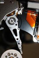 Warum Festplatten defekte Leseköpfe und Oberflächen bekommen