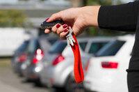 """Neue Masche: Autodiebe fangen Signale aus """"schlüssellosen"""" Zugangssystemen ab"""