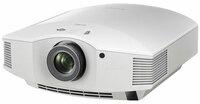 IFA 2015: Sony stellt Heimkino-Projektor SONY VPL-HW65ES vor.