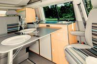 VW-BUS T5 / T6 Durchdachte High-End Möbelmodule zur Befestigung auf Schienensystemen
