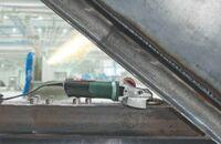 Leistungsstark an engen Stellen: Die neuen Flachkopf-Winkelschleifer bis 1.550 Watt von Metabo