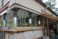 Haus entflieht Hochwasser  Hebung in Halle an der Saale mit ERKAPfählen