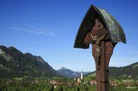 Besinnliches Wandern in Pfronten: Die Geschichten hinter den Kreuzen