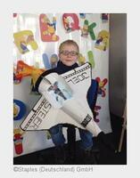 Staples erfüllt Kinderwünsche: Anlässlich bundesweiter Schultütenaktion beschenkt Staples rund 13.500 Erstklässler