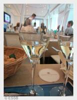 Wein & Business - Die Europäische Sommelier Schule Bayern entführt die  Arbeitswelt in die hohe Kunst der Weinlehre