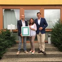40-jährige Kooperation - Salamander und Hirsch Fenster feiern Jubiläum