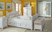 Landhausbett in Weiß - Mediterrane Romantik für mehr Lebensgefühl