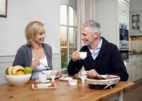 Die richtige Ernährung bei Arthrose: Die Gelenke essen mit!