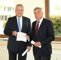 Bayerns Innenminister Herrmann bewilligt für Studentenwohnheim in Erlangen 1,9 Millionen Euro Zuschuss