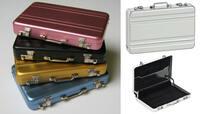 Echte Miniatur Aluminium Koffer sind innovative Geschenkverpackung