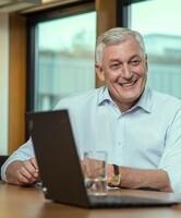 """KPS-Vorstand Dietmar Müller wird """"Best CEO in the Management Consultancy Industry"""" des Jahres 2015"""