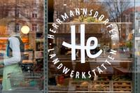 Bio-Marke Herrmannsdorfer mit neuem, charmantem Markenauftritt von Zeichen & Wunder