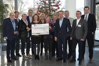 arvato Financial Solutions unterstützt auch 2015 benachteiligte Kinder, Jugendliche und Frauen vor Ort
