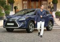 Jude Law erlebt den wahren Lexus RX