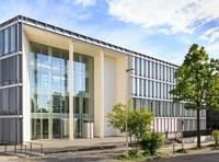 Business Center zieht ins artquadrat: 15 Kilometer Kabel verlegt