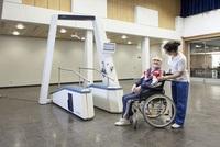 Schlaganfall-Patienten: DGNR priorisiert Endeffektor Gangtrainer für die Rehabilitation der Gehfähigkeit