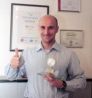primeLine ist Azlan Best Performing Entry Level Partner 2015