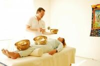 Klangschalen-Massage - Tiefenentspannung und Wellness für Körper, Geist und Seele