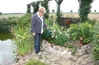 Venenstau durch Gartenarbeit