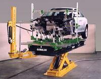 Autohaus Brüne setzt auf hochmoderne Richttechnik