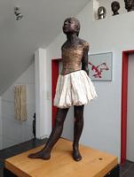 Auftritt für Die Kleine 14-jährige Tänzerin in Frankfurt