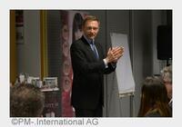 """FDP-Chef Lindner bei PM-International: """"Anerkennung und Respekt"""""""