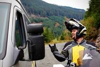 Adventure-Helm mit großer Klappe