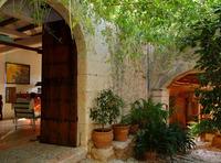 Ellen Kamrad vergrößert Location-Auswahl und Full-Service Angebote auf Mallorca