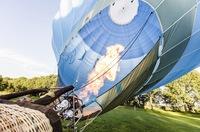 """Viel """"heiße Luft"""" - PROGAS informiert: Ballonfahrer setzen auf Flüssiggas."""