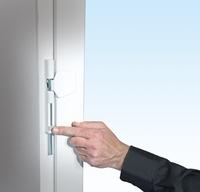 Neue Fenstersicherungen von Burg-Wächter:   leichterer Einbau, komfortable Bedienung, mehr Sicherheit