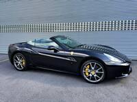 SmartTOP Zusatz-Verdecksteuerung für Ferrari California jetzt erhältlich