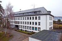 Immobilien-Versteigerung: Bieterwettstreit um Woolworth-Gebäude in Hamburg-Bergedorf