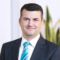 Professur für compentus/ Partner Dr. Argjent Demiri