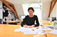 Interview: Eva Lutz über Sallie Sahne, Minx und ihr Feeling für Stoffe